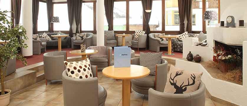 austria_kuhtai_chalet-hotel-elisabeth_lobby.jpg